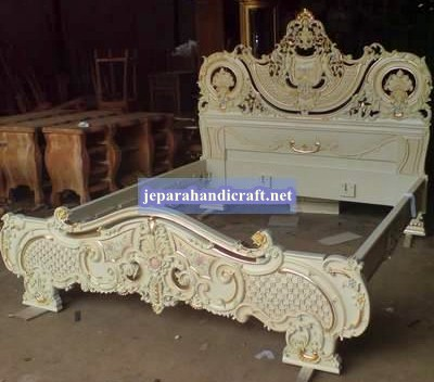 Jual Furniure Tempat Tidur Klasik Niovy Jepara