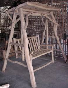 Gambar ayunan kayu jati alami antik 232x300