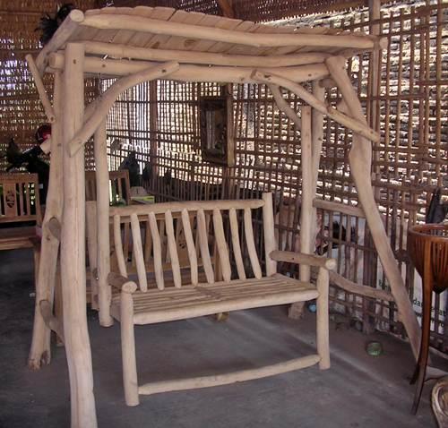 Gambar ayunan kayu jati alami