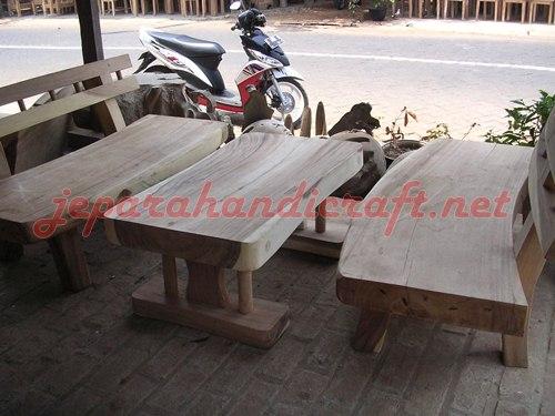 Jual Bangku Taman Antik Trembesi Solid Wood