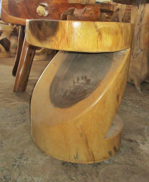 Gambar kursi antik selendang bundar