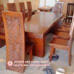 Meja Makan Antik Trembesi Besar