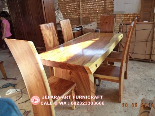 Gambar Set Kursi Makan Antik Trembesi Solid Wood 2