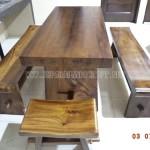 Meja Trembesi Solid Wood Kombinasi Bangku Sate