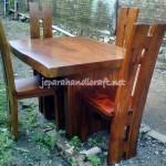 Set Kursi Makan Mebel Antik H Solid Wood