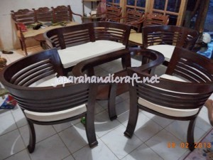 Set Kursi Tamu Jati Cantik Finishing Salak Brown