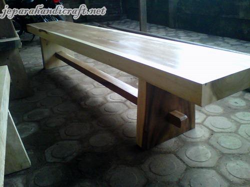 Gambar Kursi Bangku Taman Solid Wood Kotak 1