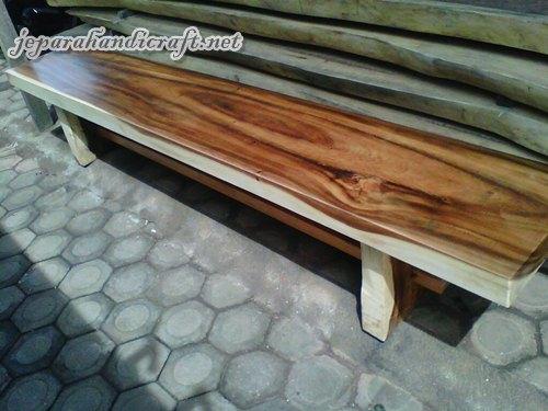 Kursi Bangku Taman Solid Wood Kotak