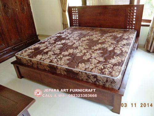 Toko Furniture Jual Tempat Tidur Minimalis Jati Kotak Murah