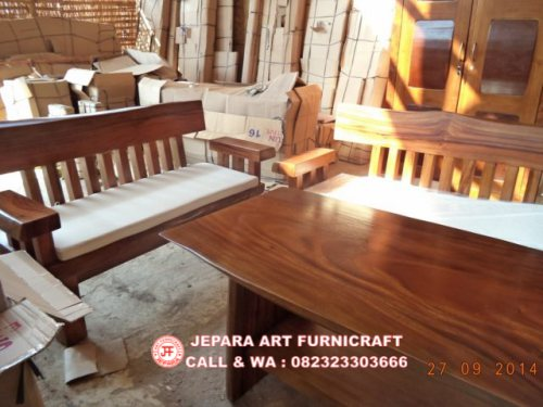 Gambar Kursi Tamu Antik Solid Wood Natural Trembesi 4