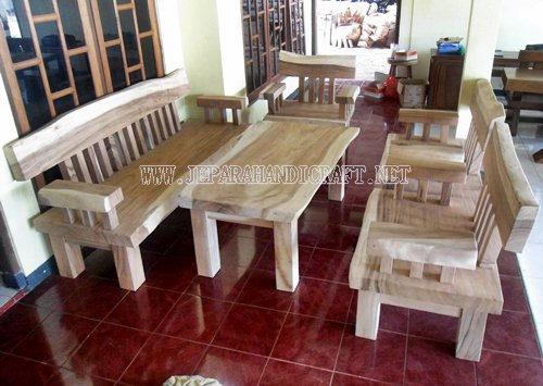 Gambar Kursi Tamu Antik Solid Wood Natural Trembesi