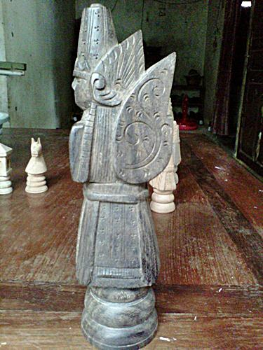 Gambar raja kayu sono