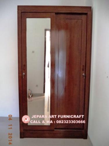 Gambar Lemari Baju Minimalis Jati Pintu 2 Slide 3