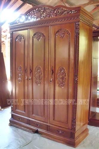 Gambar Lemari Pakaian Jati Pintu 3 Rahwana Kanopi