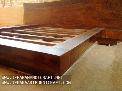 Gambar Tempat Tidur Minimalis Antik Solid Wood Natural 3