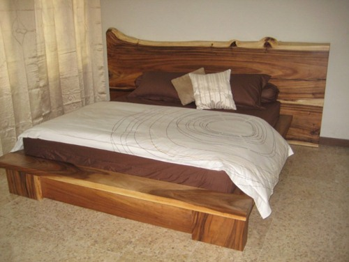 Gambar Tempat Tidur Antik Natural Trembesi