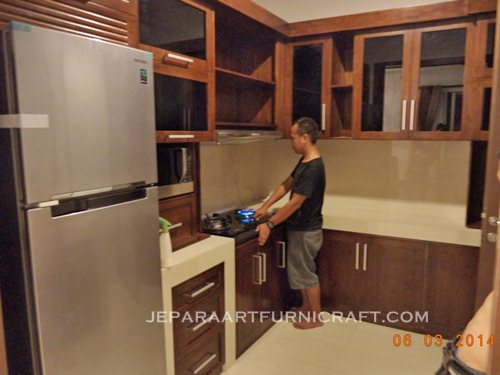 Paling Laris Kitchen Set Minimalis Jati Harga Murah on baby kitchen set, model kitchen set, mini kitchen set, red kitchen set, de sain kitchen set, jual kitchen set, gambar kitchen set, preschool kitchen set, indonesia kitchen set, macam macam kitchen set, warna kitchen set, samsung kitchen set,