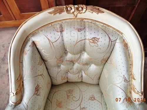 Gambar Sofa Tamu Mewah French Louis Armchair 3