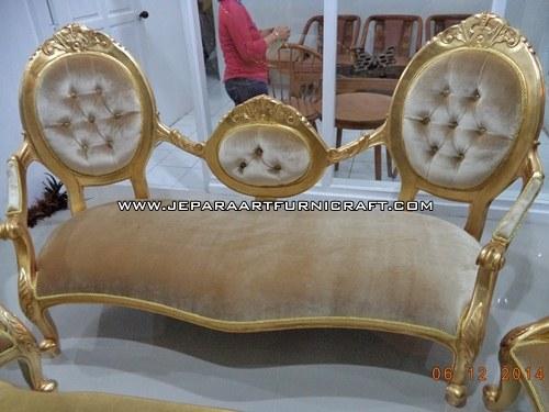 Gambar Sofa Mewah Classic Cameo Gold Concerto 2