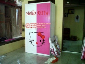 Lemari Anak Hello Kitty Unik