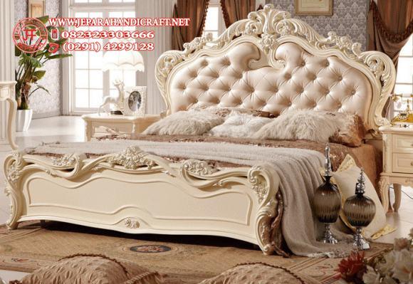 Gambar Tempat Tidur Mewah Delana Ivory