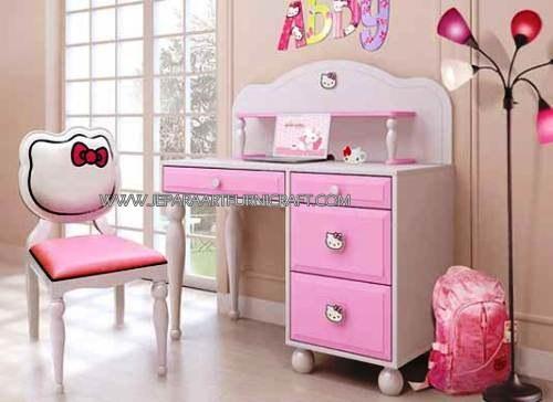 Gambar Meja Belajar Anak Minimalis Hello Kitty