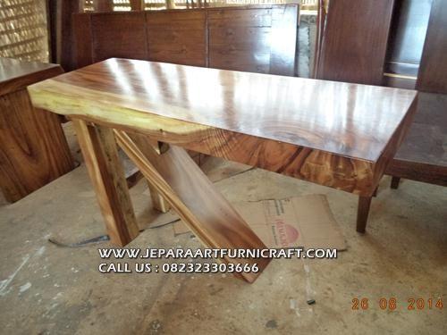 meja-konsul-kaki-tiga-solid-3