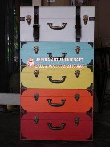 Bufet Jati Vintage Pelangi