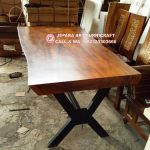 Meja Makan Solid Kaki Besi Cross Stainless