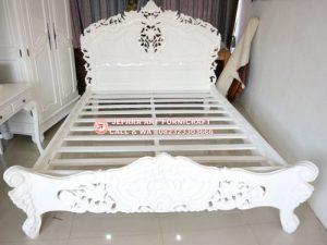 Tempat Tidur Mewah Racoco Flower