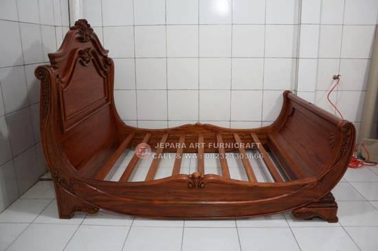 Jual Tempat Tidur Klasik Mewah Noah Harga Murah Berkualitas