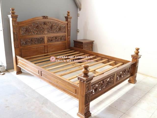 Gambar Tempat Tidur Jati Ukir Rahwana Mawar