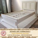 Tempat Tidur Minimalis Mewah Sophia