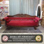 Sofa Ruang Tamu Roliah Red Velvet