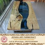Meja Tamu Antik River Flows Kaki Besi Stainless