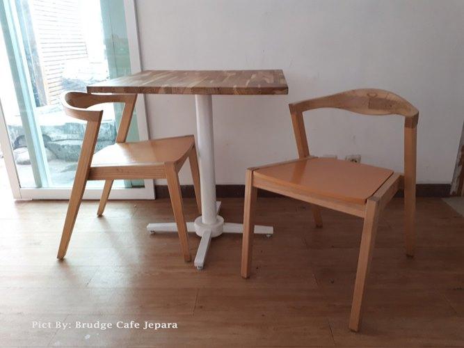 Gambar Kursi Meja Makan Cafe Jati Mid Century 6