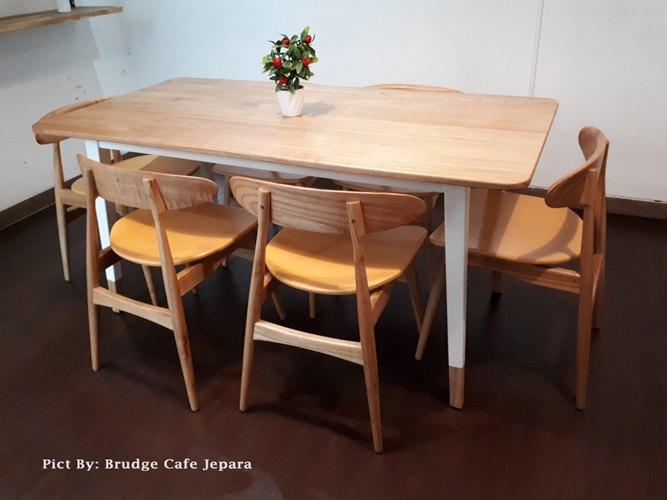 Gambar Kursi Meja Makan Cafe Scandivian Modern 2
