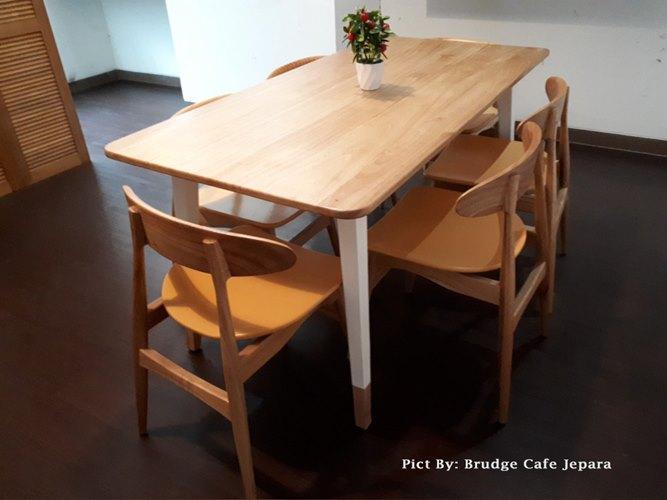 Gambar Kursi Meja Makan Cafe Scandivian Modern 3