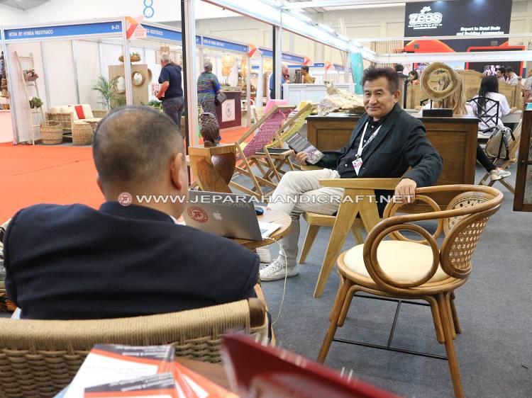 Pameran Jepara Art Furnicraft TEI Expo Ice BSD City