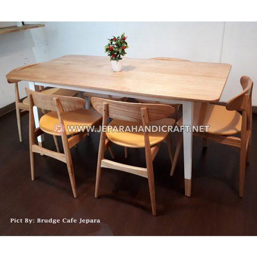 Beli Meja Kursi Cafe Scandinavian Viola Terbaru