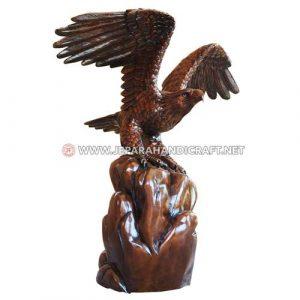Beli Patung Trembesi Solid Burung Elang Jepara Berkualitas