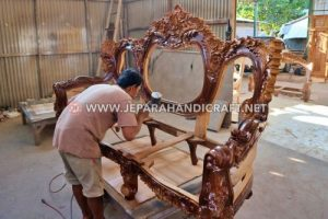 Jenis & Bahan Finishing Furniture Kayu Berkualitas