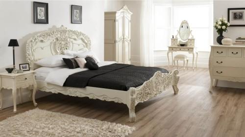 Desain tempat tidur terlaris dari Jepara Art Furnicraft