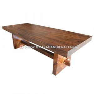 Jual Meja Makan Solid Wood Trembesi Unnatural Jepara Murah