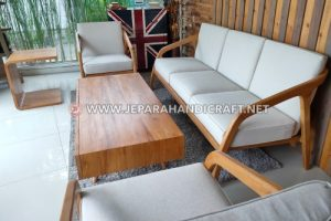 Furniture Finishing Waterbase Yang Ramah Lingkungan
