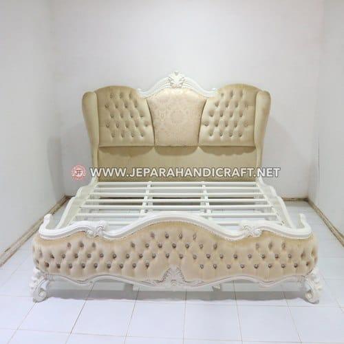 Jual Tempat Tidur Classic Marcelina Jepara Murah